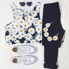 Imagem de outfit, fashion, and flowers
