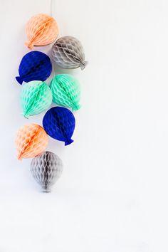 Building the better balloon: DIY Honeycomb Balloon Garland! Honeycomb Decorations, Diy Party Decorations, Party Centerpieces, Balloon Garland, Balloons, Party Garland, 1st Birthday Girls, Birthday Parties, Husband Birthday
