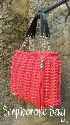 Marvelous Crochet A Shell Stitch Purse Bag Ideas. Wonderful Crochet A Shell Stitch Purse Bag Ideas. Crochet Diy, Crochet World, Crochet Crafts, Diy Crafts, Crotchet Bags, Knitted Bags, Crochet Handbags, Crochet Purses, Crochet Shell Stitch