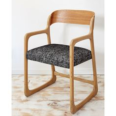 Chair sled Baumann lines Scandinavian fully by TapissierTapisserie