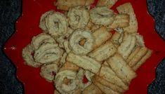 Spritzgebäck nach Omas Rezept Shortbread cookies according to grandma's recipe Rezepte Casserole Recipes, Meat Recipes, Salad Recipes, Dessert Recipes, Healthy Desserts, Shortbread Biscuits, Snacks Sains, Queso Feta, Tasty