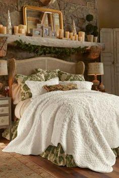 Chalet Quilt - Faux Fur Bed Quilt, Ivory Floral Quilt, Cotton Sateen Bed Quilt  | Soft Surroundings
