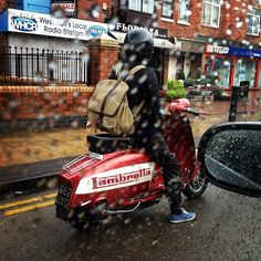 English weather and Scooter Custom, Scooter Bike, Lambretta Scooter, Vespa Scooters, Moto Bike, Motorcycle, Pictures Of Scooters, Scooter Images, Foto Picture