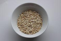 Ik maak al ruim een jaar overnight oats. Ik heb veel geexpirementeerd hoe het het lekkerst smaakt, en dit is mijn recept voor perfecte overnight oats!