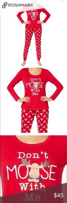 b3e48b9356 Spotted while shopping on Poshmark  🎄Woman s Family Holiday pajamas set  size xxl NWT!