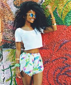 Take me back to summertime shine! #brightcolors #bighair #naturafashion