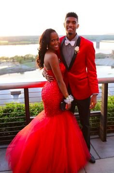 Cheap dress cami, Buy Quality dress up time prom dresses directly from China dress up girls dresses Suppliers: Sexy Black Girl Red Mermaid Prom Dresses 2017 Robe de Soiree Sweetheart Crystal Beaded Backless Long Evening Party Gowns Dress Prom Dresses 2017, Mermaid Prom Dresses, Teen Prom, Prom Goals, Bae Goals, Prom Couples, Romantic Couples, Party Gown Dress, Evening Party Gowns