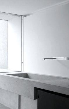 tap wash dish and valve installation in white and pure metallic optic Bathroom Interior Design, Kitchen Interior, Interior And Exterior, Laundry In Bathroom, Bathroom Faucets, Bath Fixtures, Dream Bathrooms, White Bathrooms, Luxury Bathrooms