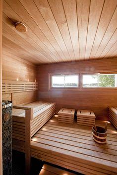 SUMMER VILLA V, Turku | Private houses, Summer villas & Saunas | Projects | Arkkitehtitoimisto Haroma & Partners OY Modern Saunas, Sauna Design, Finnish Sauna, Modern Mansion, Painted Doors, Dream Rooms, Villas, Project Ideas, Tub