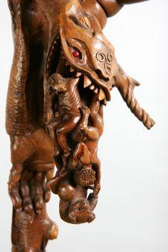 SCULPTURES BOIS: un Détail du Bâton l' Origine du Monde....Sculpture de Pierre Damiean. Voir le Site: www.pierdam.fr