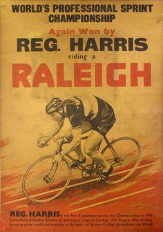 Raleigh Bicycle Advert, 1950. Reginald Harris (1920-1992) campione del mondo di velocità su pista. Liegi, 13 agosto 1950