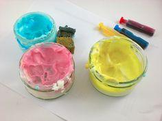 Recette de Peinture à doigts comestible, faite maison Games For Kids, Diy For Kids, Best Aunt, Puffy Paint, Busy Bags, Kids Corner, Infant Activities, Kids And Parenting, Icing