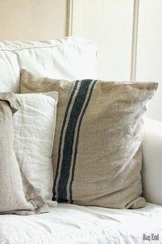 Linen covers / Pellavapäällisiä