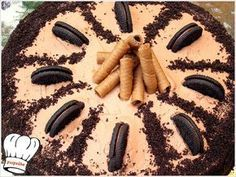ΤΟΥΡΤΑ ΣΟΚΟΛΑΤΑΣ ΜΕ ΑΦΡΑΤΟΤΡΑΓΑΝΗ ΜΟΥΣ!!! Chocolate Desserts, Fun Desserts, Greek Sweets, Cheesecake Cupcakes, Greek Recipes, Cheesecakes, Cupcake Cakes, Deserts, Food Porn