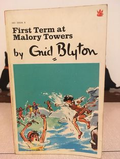 Vintage First Term At Malory Towers By Enid Blyton Enid Blyton, Towers, Books, Ebay, Vintage, Libros, Tours, Book, Vintage Comics