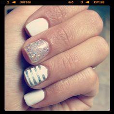 silver & white nails