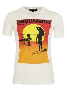 DSQUARED2 Dsquared2 Logo T-Shirt. #dsquared2 #cloth #topwear