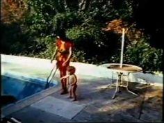 Frank Zappa - A day with Frank Zappa - Doc 1971. - YouTube