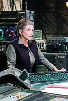 General Leia - The F General Leia - The Force Awakens Star wars Leia Star Wars, Star Wars 7, Star Wars Film, Princesa Leia, Han And Leia, War Film, A New Hope, Our Lady, Role Models
