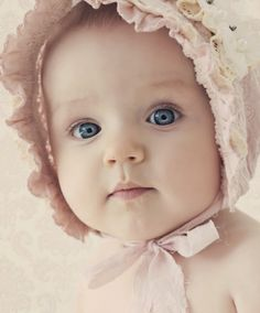 Baby Girl in Blush Pink Bonnet Little Babies, Cute Babies, Little Girls, Baby Kids, Beautiful Children, Beautiful Babies, Beautiful Eyes, Eyes Wallpaper, Little People