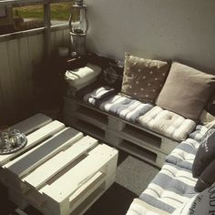 #small #terrace #pallet #lounge