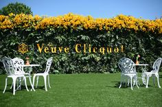 The Veuve Clicquot Polo Classic offers a glamorous afternoon filled with Rosé Champagne, polo and celebrity attendees. Polo Classic, Classic Theme, Veuve Cliquot, Today In Pictures, Rose Champagne, Graphic Design Posters, Event Styling, Corporate Events, Event Decor