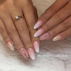 32 Perfect Short Acrylic Almond Nails Design For This Summer nails nails colors Nail Designs Bling, Ombre Nail Designs, Cute Nail Designs, Latest Nail Designs, Diy Acrylic Nails, Gel Nails, Nail Polish, Coffin Nails, Pink Ombre Nails
