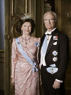 New official photo and postcard of King Carl Gustav XVI and Queen Silvia of Sweden 12/5/2014