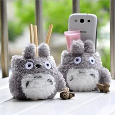 Unisex Kid's New Cartoon Totoro Plush Pencil Vase Lovely Anime Totoro Plush Toy Brush Pot Creative Gift for Kids Anime Totoro, Pencil Vase, My Neighbor Totoro, Office And School Supplies, Plush Dolls, Doll Toys, Studio Ghibli, Creative Gifts, Gifts For Him