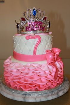 Princess pink ruffle cake Pink Ruffle Cake, Theme Cakes, Cake Face, Childrens Party, How To Make Cake, Birthday Cake, Princess, Desserts, Ideas