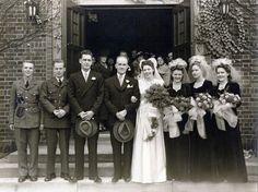 Chic Vintage Bride – A 1940s Wedding Party