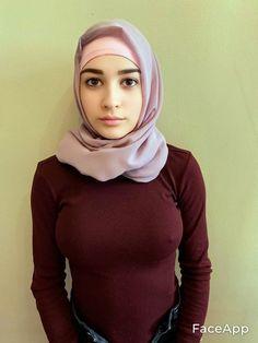 Arab Girls Hijab, Girl Hijab, Hijabi Girl, Muslim Girls, Beautiful Muslim Women, Beautiful Hijab, Gorgeous Women, Amazing Women, Cute Asian Girls