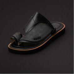 c6bc76b89 حذاء شرقي شمواه كحلي SS1871 | Gulf Footwear | Sunglasses case ...