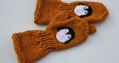 Ravelry: sanzun's Yellow toddler mittens with penguins Toddler Mittens, Crochet Penguin, Super Bulky Yarn, Fingerless Gloves Knitted, Mittens Pattern, Baby Knitting Patterns, Mitten Gloves, Fun Projects, Penguins