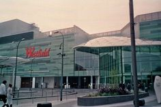 Westfield - the greatest shoppingcentre in London - near the undergroundstation Shepard's Bush