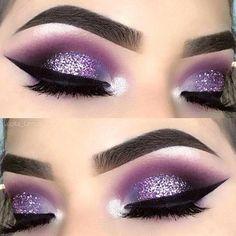Eye Makeup Blue, Glitter Eye Makeup, Makeup Eye Looks, Eye Makeup Tips, Smokey Eye Makeup, Eyeshadow Makeup, Makeup Ideas, Makeup Tutorials, Makeup Brushes