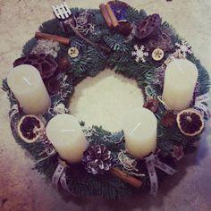 Advent wreath in beige. Adventi koszorúm - A visszafogott.