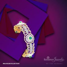 #BANGLECOLLECTION Let your hands be the showstopper. Reliance Jewels Be The Moment. www.reliancejewels.com  #reliance #reliancejewels #indianjewellery #beautiful #bridal #neverendingtrend #bethemoment #beyou