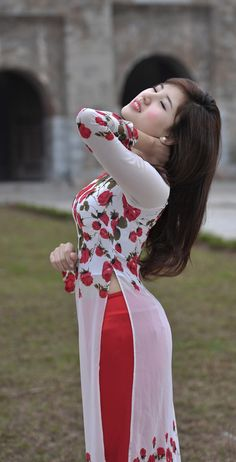 Tuyển tập girl xinh gợi cảm trong áo dài