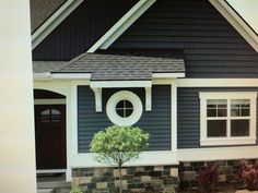 Nice colour for exterior with lots of fresh white trim!