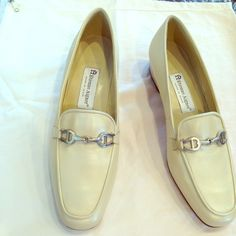 """Eitenne Aigner beige loafers Eitenne Aigner beige loafers, size 9, NEW, never worn!!!  Great summer color, 1"""" heel.  Classic Aigner loafers, great style. Etienne Aigner Shoes Flats & Loafers"""