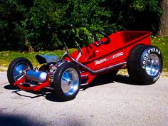 Customised / Motorised Classic Red Wagon. http://radioflyer.com/classic-red-wagon.html