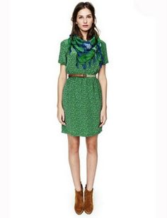 Madewell spring 2012 – love the mix of green in the dress and scarf and the brown in the belt and boots Frock And Frill, Scarf Dress, Scarf Belt, Chic Dress, Fall Trends, Pretty Outfits, Autumn Winter Fashion, Dress To Impress, Fashion News