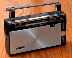 Vintage Invicta Transistor Radio, Model 11-DJ-21, AM-FM Ba… | Flickr Radios, Boat Transport, Spark Gap, Radio Antigua, Receptor, Audio Room, Transistor Radio, Old Music, Journals