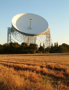The Lovell Telescope. Radio Astronomy, Hydrogen Gas, Astronomical Observatory, Solar Activity, Moon Missions, Extra Terrestrial, Moon Landing, Light Year, Radio Frequency