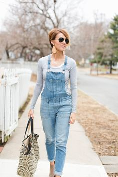 I am convinced I now need overalls. So cute.