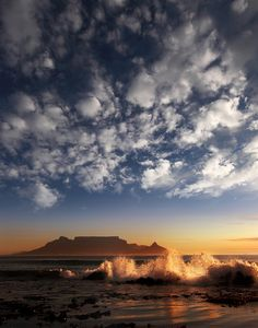 Table Mountain, Cape Town BelAfrique - Your Personal Travel Planner… Cape Town Photography, Landscape Photography, Table Mountain Cape Town, Cape Town South Africa, Photos Voyages, 10 Picture, Africa Travel, Belle Photo, Beautiful Places