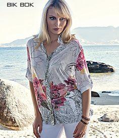 Blusa perfeita para curtir o feriado Nas lojas... #Summercollection #Verão14
