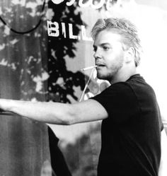 young Kiefer Sutherland - The Lost Boys