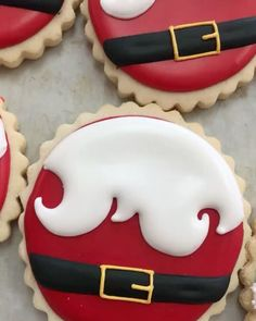 Arcoiris Fine Bakery on Happy National Cookie Day! What better way to celebrate than with Christmas sugar cookies! Visit us today! Cute Christmas Cookies, Christmas Biscuits, Iced Cookies, Christmas Sweets, Cookies Et Biscuits, Holiday Cookies, Cupcake Cookies, Decorated Christmas Cookies, Christmas Sugar Cookie Recipe
